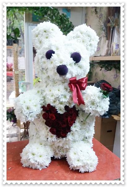 Ursulet din crizanteme si trandafiri-80 cm.3829