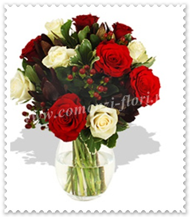 Buchete din trandafiri-leucadendron- hipericum 422