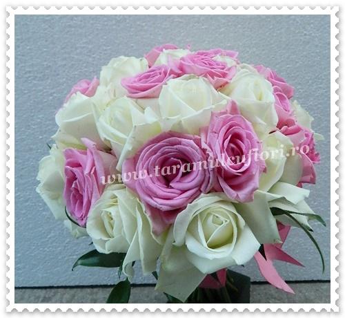Buchete mireasa-trandafiri albi-roz.0331