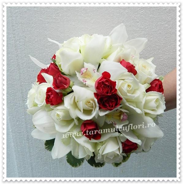Buchete mireasa-trandafiri-miniroze-orhidee.0353