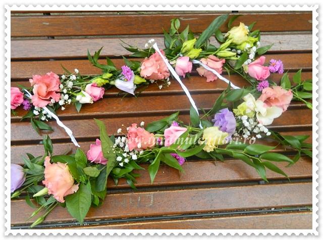 Aranjamente cristelnita-trandafiri si lisianthus.3906