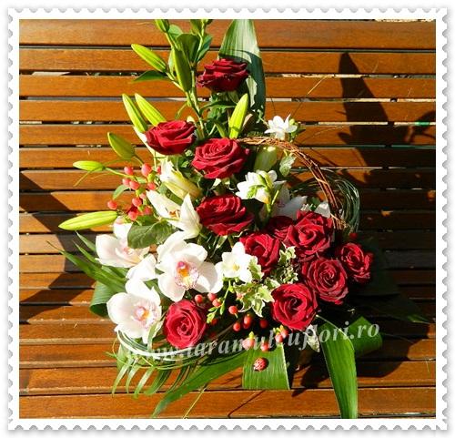 Cosuri cu trandafiri si orhidee.4110