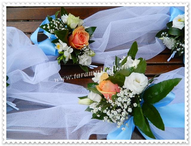 Ghirlande pentru cristelnite din trandafiri si lisianthus.4220