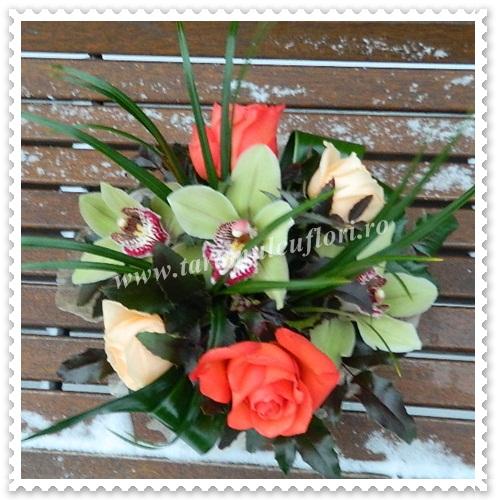 Aranjamente florale mese-5631