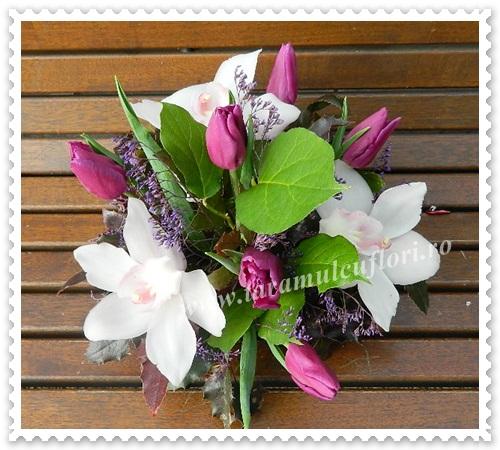 Aranjamente florale din orhidee si lalele.5724
