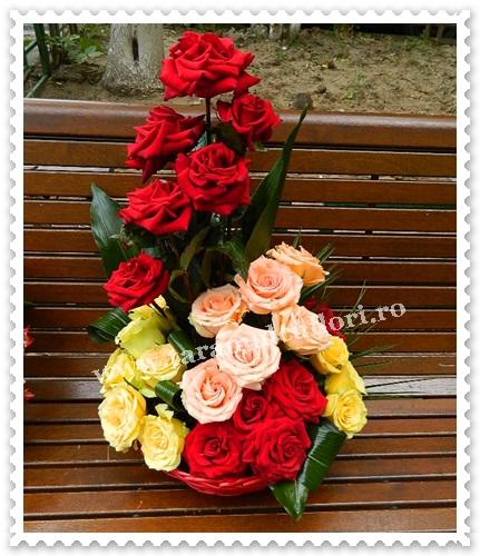Cosuri cu trandafiri colorati.6211