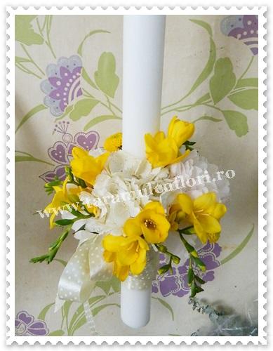 Lumanari nunta hortensie alba  frezii galbene 6388