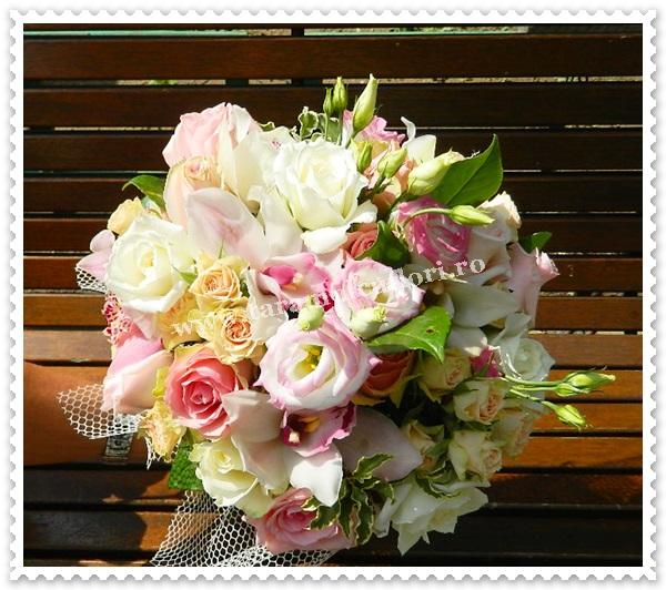 Buchete de flori-culori pastel.6416
