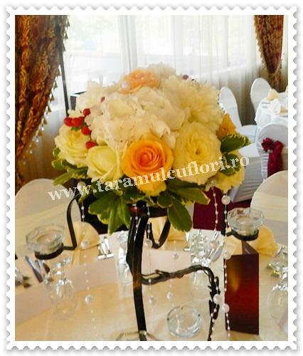 Aranjamente florale mese din hortensie.6582