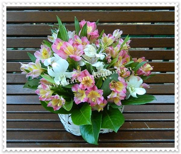Cosuri cu alstroemerie si orhidee.6661