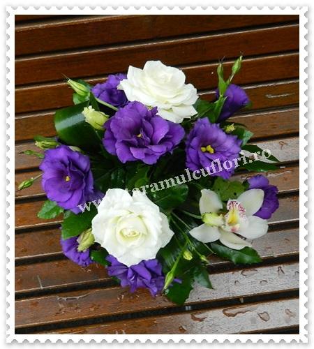 Aranjamente florale mese orhidee-trandafiri si lisianthus.6904