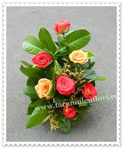 Aranjamente florale trandafiri.7271