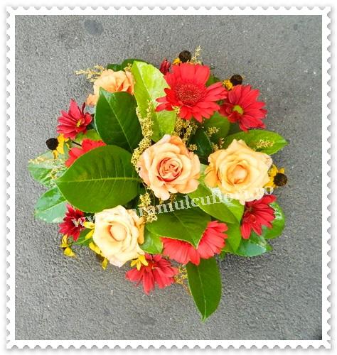 Aranjamente florale-trandafiri si gerbera.7274