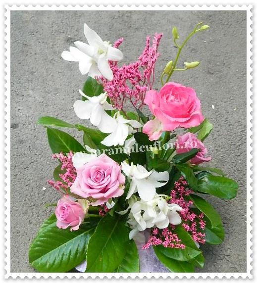 Aranjamente florale-trandafiri si orhidee.7279