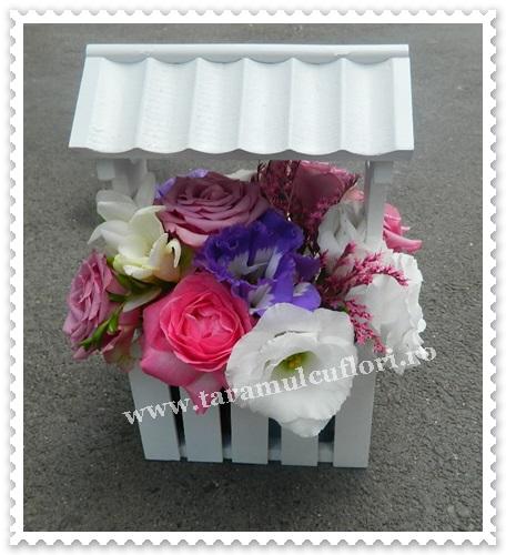 Casuta cu flori.7291