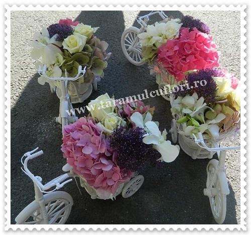 Biciclete cu flori.7337