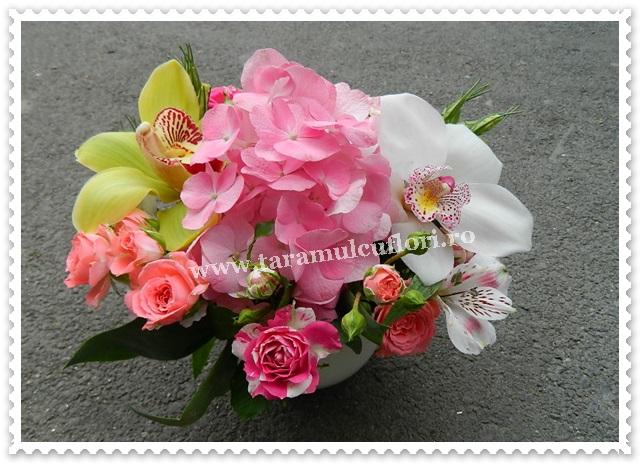 Aranjamente florale mese botez.7842