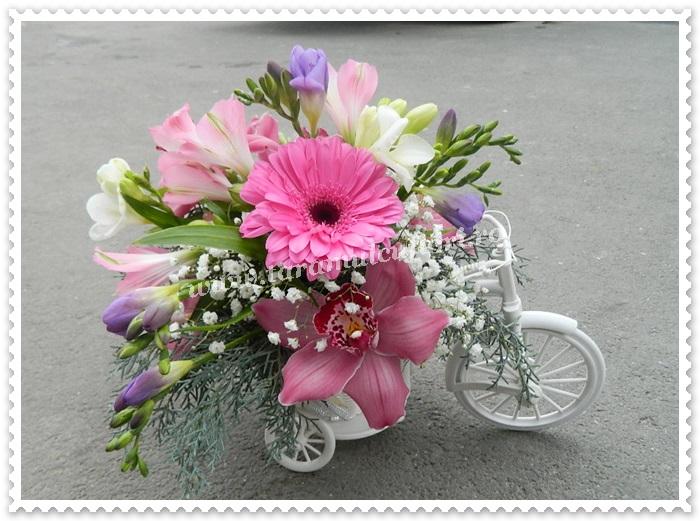 Biciclete cu flori.8355