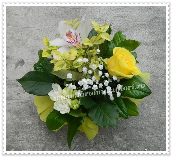 Aranjamete florale.8602