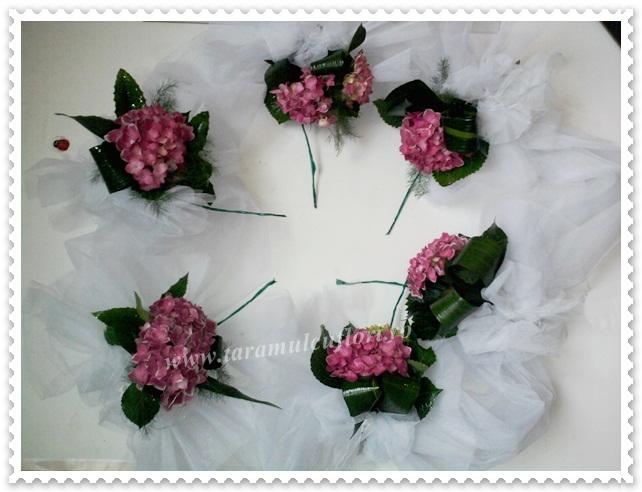 Aranjamente florale cristelnita botez din hortensii si tul.0565