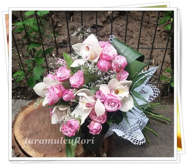 Buchete de flori-miniroze si orhidee.5316