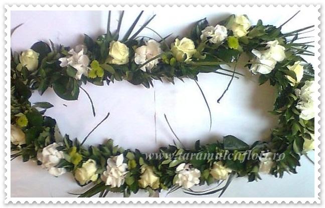 Aranjamente cristelnita- trandafiri- hortensie si santinii.001
