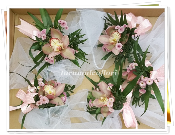 Aranjamente cristelnita din orhidee cymbidium.0113