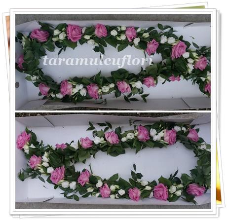 Ghirlande cristelnite de botez cu trandafiri roz.4100
