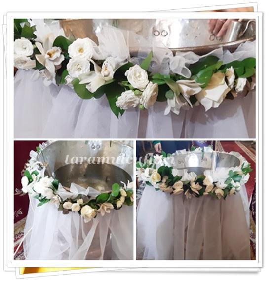 Ghirlande cristelnite botez -flori albe.0028