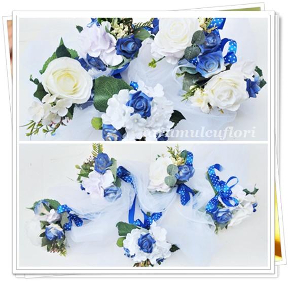 Aranjamente cristelnita din flori artificiale.3737